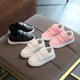 3344182e17fa Unisex high quality All seasons baby first walkers Pu fashionable pure  solid girls boys shoes cute noble baby sneakers