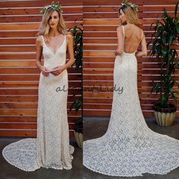 simple column wedding dresses Canada - Romantic Lace Beach Holiday Wedding Dresses 2018 Sexy Spaghetti Low Back Sweep Train Bohamian Country Holiday Bridal Reception Gown Cheap
