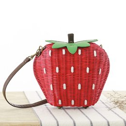 Hand Made Bags Style NZ - 2018 Fashion Strawberry Fruit Straw Bags Women Hand-made Shoulder Bags Beach Rattan Woven Handbag Rural Style Casual Bag