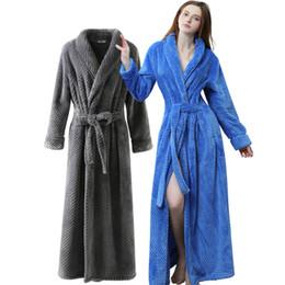 Free shipping Winter Flannel Sexy Women Robes plus size long sleeve warm  long Sleepwear Female Bathrobe men Clothes Home girls ef9cd087b