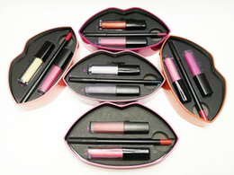 Beauty Contour и Strobe Lip Set 2in1 Lip Gloss Kit Trendsetter Snobby MUSE ANGELIC Trophy Wife Бесстыдная бомба Ritzy с металлической коробкой