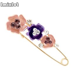 Wholesale 2018 New Lucky Pink Enamel Flower Brooches Female Hijab Pin Corsage Broach for Women Wedding Dress Badge Accessories Jewelry