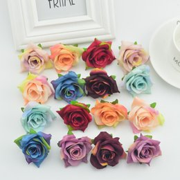 Wholesale 100pcs Artificial Flowers Head For Home Wedding Decoration Diy Needlework Wreath Gift Box Scrapbooking Silk Retro Roses Fake
