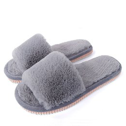 Dropshipping 2018 Womens Fur Slippers Winter Shoes Big Size Home Slipper  Plush Pantufa Women Indoor Warm Fluffy Terlik Cotton 2cab6ed9c423
