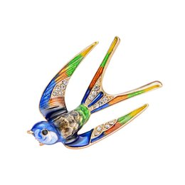 Bird Brooch Pin High Quality Enamel Daily Wedding Decoration Gift For Women Flying Swallow