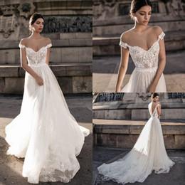 beach wedding dresses canada