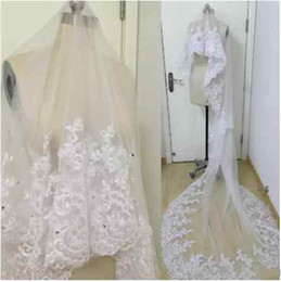 Discount long church veils - 2018 Real Image Bridal Veils Wedding Hair Accessories White Ivory Long Crystal Beaded Lace Tulle Cathedral Length 3 M Ch