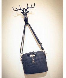 $enCountryForm.capitalKeyWord Canada - Driga 2017 Women Messenger Bags Fashion Mini Bag With Deer Toy Shell Shape Bag Women Shoulder Bags handbag high quality cute