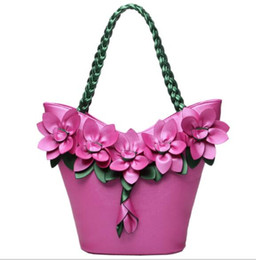 $enCountryForm.capitalKeyWord Canada - 2017 autumn and winter new handbags splicing handbags fashion flower knit large capacity ladies shoulder bag