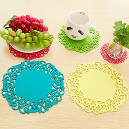 InsulatIon pad waterproof online shopping - Hot sale sizes creative placemat kitchen anti scald pot holder waterproof household Insulation pad T3I0081