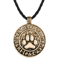 $enCountryForm.capitalKeyWord UK - 5pcs lot Bear Print Amulet Pendant Necklace The Norse Footprint Runes Round Charm Nordic Talisman Colier For Mens Slavic Jewelry