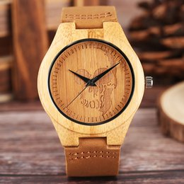 $enCountryForm.capitalKeyWord NZ - Creative Skull Watch Men's Wood Moose Elk Deer Head Dial Bamboo Clock Male Casual Leather Quartz Wrist Watch Top Christmas Gifts