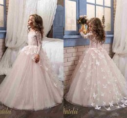 $enCountryForm.capitalKeyWord NZ - Butterfly Flower Girls Dresses 2018 New Pentelei with Long Sleeves and Crew Neck Appliques Blush Pink Little Girls Prom Gowns 513