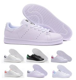 Blue polka dot flats online shopping - Sale Mens Women Stan Smith Classic Boat Flats Air Casual Shoes Skateboard Punching White Leather Girls Originals Designer China Shoe