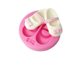 $enCountryForm.capitalKeyWord UK - Sugarpaste Moulds Baby Girl Shoe Cupcake Decorating Molds Twin 3D Baby Shoe Pair with Bow Silicone Mould