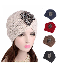 $enCountryForm.capitalKeyWord Canada - Hot 2017 New women Luxury Divas Winter Knit Turban Beanie With jeweled flower Indian style head wrap turbante hair accessories
