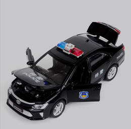 $enCountryForm.capitalKeyWord NZ - 1:32 scale high simulation Toyota Camry model cars diecast metal pull back swat cop car sound&light 4 open the door toy vehicles