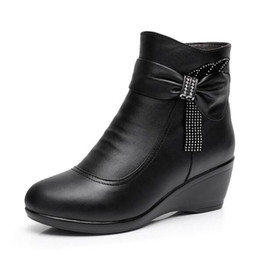 $enCountryForm.capitalKeyWord UK - 2018 New Winter Elegant Rhinestone Black Cow Leather Boots for Women Large Size Comfort Warm Wool Ankle Boots Non-slip Wedge Shoes Woman