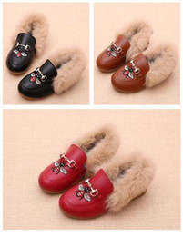 Chinese  2019 designer shoes kids shoes luxury shoes autumn Real rabbit fur horse bit buckle embroidery Children gift 169 manufacturers