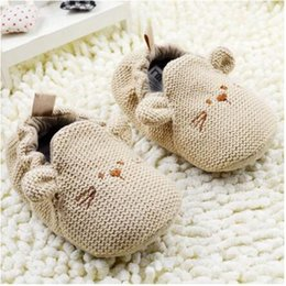 Discount infants crocheted booties - Baby Girls Newborn Shoes Toddler Moccasins Soft Sole Botinhas De Menina Crochet Fabric Baby Shoes Booties Infant Girl 70
