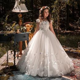 Vestidos de niña de flores de marfil Tulle mariposa abalorios mangas Vestido de fiesta Vestidos de fiesta formales Niños Niños Bebé Niña Diseñador de ropa 2019