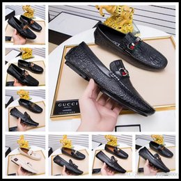 $enCountryForm.capitalKeyWord Australia - Style Brand Men casual cow leather office work flat business dress Gommino driving moccasins shoe print canvas horsebit loafers flats