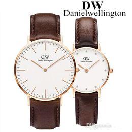 reloj mujer New Daniel orologio di lusso di marca orologi per donna moda uomo orologi cinturino in pelle orologi da polso al quarzo nero orologio maschile in Offerta