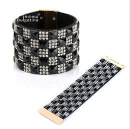 Chinese  Fashionable Men and Women Bangle Bracelet Velvet Wide Golden Rivet Punk Style Magnet Clasp Bracelets Jewelry manufacturers