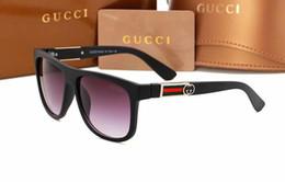 Vente en gros Navire gratuit mode luxe marque preuve lunettes de soleil rétro vintage hommes marque designer or brillant cadre laser logo femmes top qualité avec 4051