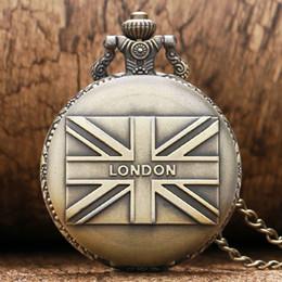 $enCountryForm.capitalKeyWord Australia - 1 Pcs Relogio De Bolso Fashion UK Flag London Souvenirs Quartz Fob Chain Pocket Watch For Women Man