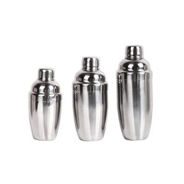 Chinese  Stainless Steel Wine Shaker Mug Boston Cocktail Mixer Martini Drinkware Shakers Party Supplies Bar Tool Water Bottles Cups 18 5lp3 bb manufacturers