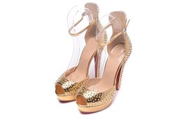 Chinese  Women's gold high heels thick bottom thick with red bottom rivet party model catwalk high heels manufacturers