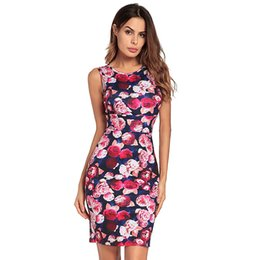 ec458d7a8 Estampado floral sin mangas del vestido del lápiz Mujeres 2018 Túnica del  verano Rose Bodycon Office Lady Vestidos Sexy Plus Size Flower Clothing