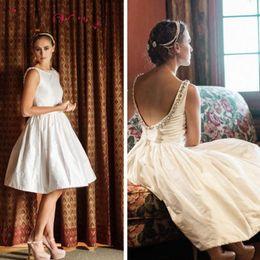 Line Scoop Knee Length Dresses NZ - Elegant Scoop Knee Length Wedding Dresses A Line Taffeta Backless Beaded Bridal Gowns Custom Made Short Wedding Dress