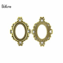 China BoYuTe (40 Pieces Lot) 25*18MM Cabochon Base Vintage Diy Accessories Parts Antique Bronze Silver Western Style Blank Pendant Setting Jewelry suppliers