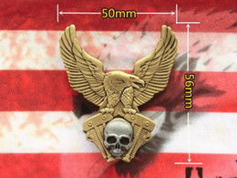 Luxury Motorcycle Jackets Australia - Luxury Motorcycle Club Badge CLASSIC Eagle SKULL Wing Biker Brooches For Jacket Hat Retro Metal Collar Pin Brooch Brass Medal