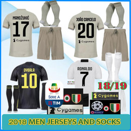 AAA + 2019 ronaldo camisas De Futebol calções juventus kit 18/19 MANDUKIC MATUIDI HIGUAIN DYBALA calções de futebol D.COSTA