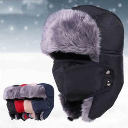 2018 moda bomber russo cappelli invernali uomini caldi paraorecchie con  maschera trapper cappello CamoCap orecchio colore 3f08c1423e58