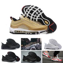 351ab21a37c Nike Air max 97 Melhores Sapatilhas Dos Homens Chaussures Sapatos clássicos  97 Homens Running Shoes Preto Branco Trainer Air Cushion Homem Respirável  ...