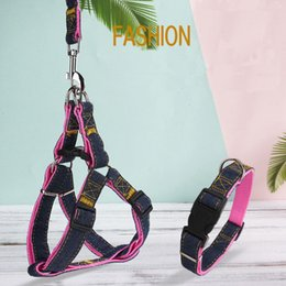 Wholesale Dog leash chest back sets of large collar harness chain safety belt pets traction rop pet strap rope for puppy small medium large dogs