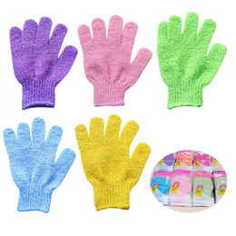 Chinese  Exfoliating Bath Glove Body Scrubber Glove Nylon Shower Gloves Body Spa Massage Dead Skin Cell Remover manufacturers