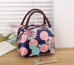 $enCountryForm.capitalKeyWord Australia - Best selling Mommy wild waterproof Canvas bag Portable lunch bag small square bag