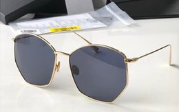 eac9a9cb8742 2018 Luxury Polygonal Frame Sunglasses Lightweight Mirror Fashion Sunglass  Oversized Lady Brand Sun Glass Modern Design Eyewear With Box