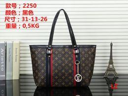 $enCountryForm.capitalKeyWord NZ - Women Shoulder Bag New PU Leather Luxury Handbags Designer Tote Ladies Fashion Bags Flap Handbag Brand Crossbody Bag Purse Messenger Bags 01