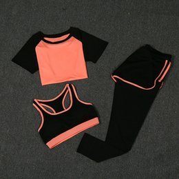 Yoga Pants Sports Bra Canada - New Women Yoga Sport Suit Summer Bra Set 3 Piece Female Short-sleeved Pants Outdoor Quick Drying Sportswear Running Clothes