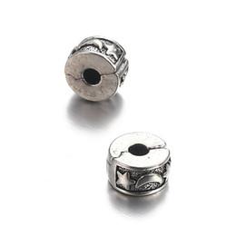 Vente en gros 50 PCS 14 Design Amour Musique Fleur Dauphin Feuille Étoile Lune Point Perles Européennes Clip Verrouillage Bouchon Charme Perles Espaceur pour Bracelet Ouvert