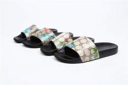 5ce3ba533805 G and D designer slides Luxury Brand Women Sandals luxury Slippers Flip  Flops Rihanna ace womens sandals Non-slip designer Slippers