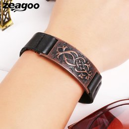 Discount metal gold bracelets - Square Floral Hasp Metal Women Casual Bracelet