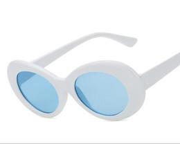 77318b4c43 Clout Goggles NIRVANA Kurt Cobain Gafas Classic Vintage Retro Blanco Negro  Oval Gafas de sol Alien Shades 90s Gafas de sol Punk Rock Glasses
