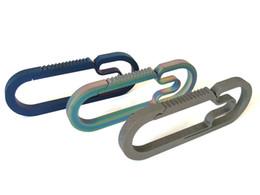 $enCountryForm.capitalKeyWord UK - 70mm Titanium Quick Release Keychain Belt Loop Key Clip TC4 Mini Key Ring Max Brear 25KG 70*26*4MM X047